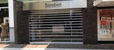 UDEN Marktstraat 26 winkel op toplocatie !